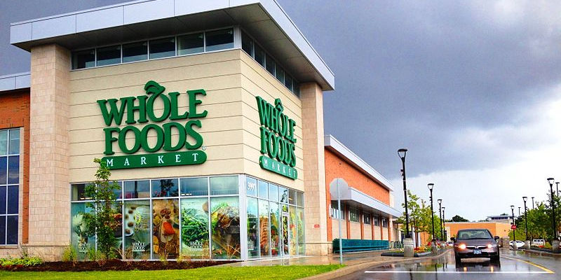 Whole Foods Breach: The upscale grocer is investigating an apparent POS databreach